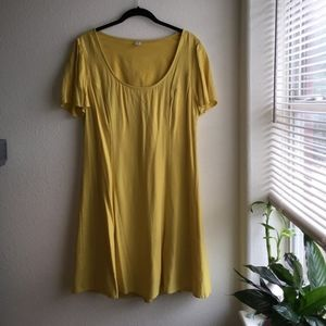 Old Navy Yellow dress Large